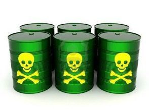 150891_10308022-iron-barrel-with-toxic-waste-on-a-white-background